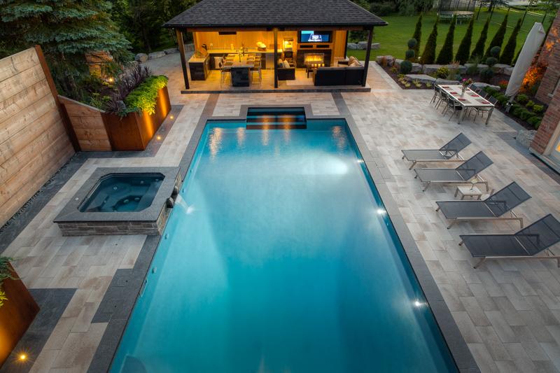 Backyard rectangle vinyl swimming pool